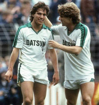 Frank Mill (à droite) faisait déjà équipe avec Lothar Matthäus au Borussia Mönchangladbach, bien avant de gagner avec lui la Coupe du Monde FIFA en 1990