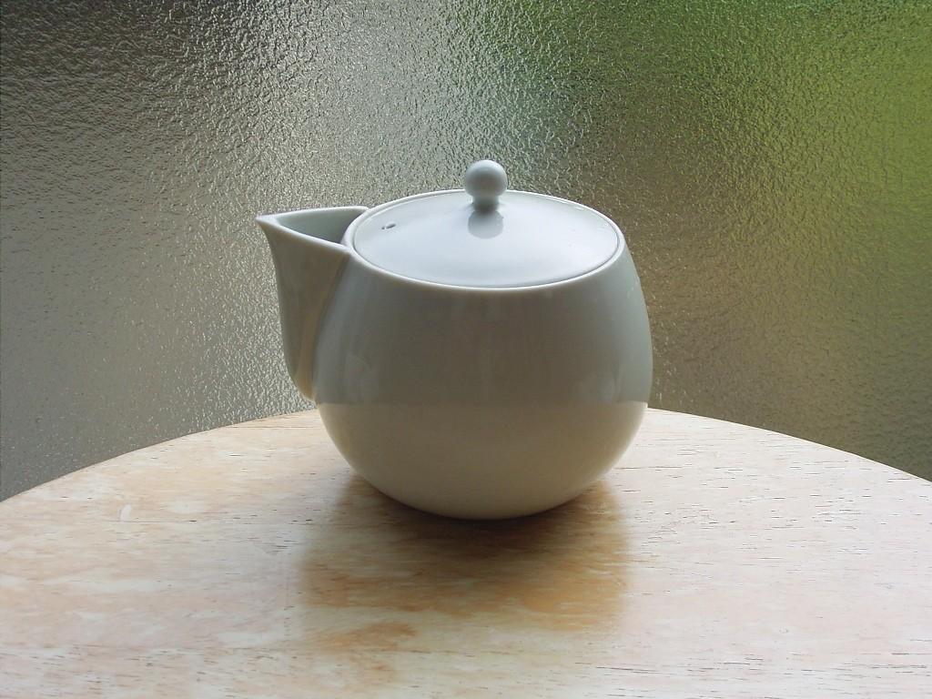 新茶をおいしい淹れたくて購入。何度か使ったが、上手に入れられるようになるには時間がかかりそう。