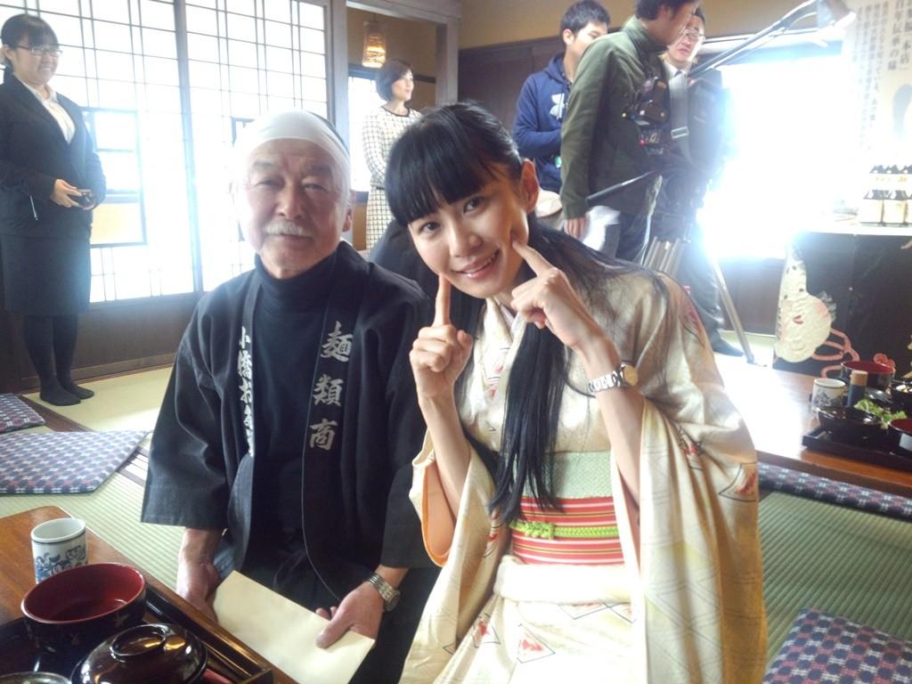 お多福会の斉田会長とあすかりん。