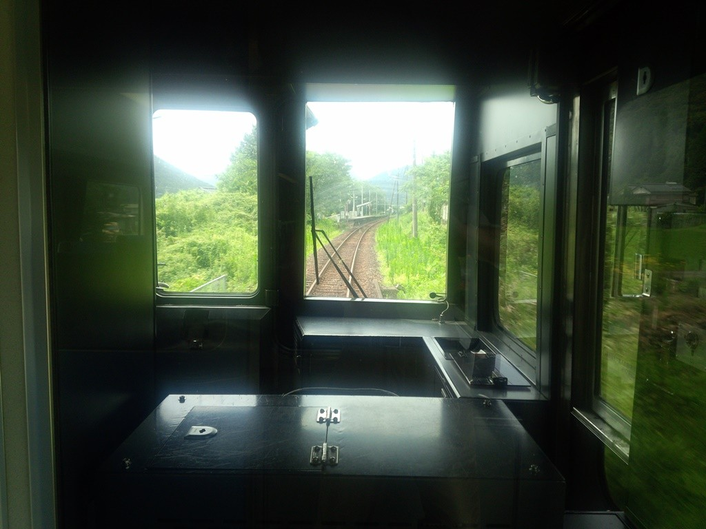 予土線で「十川駅」を目指す