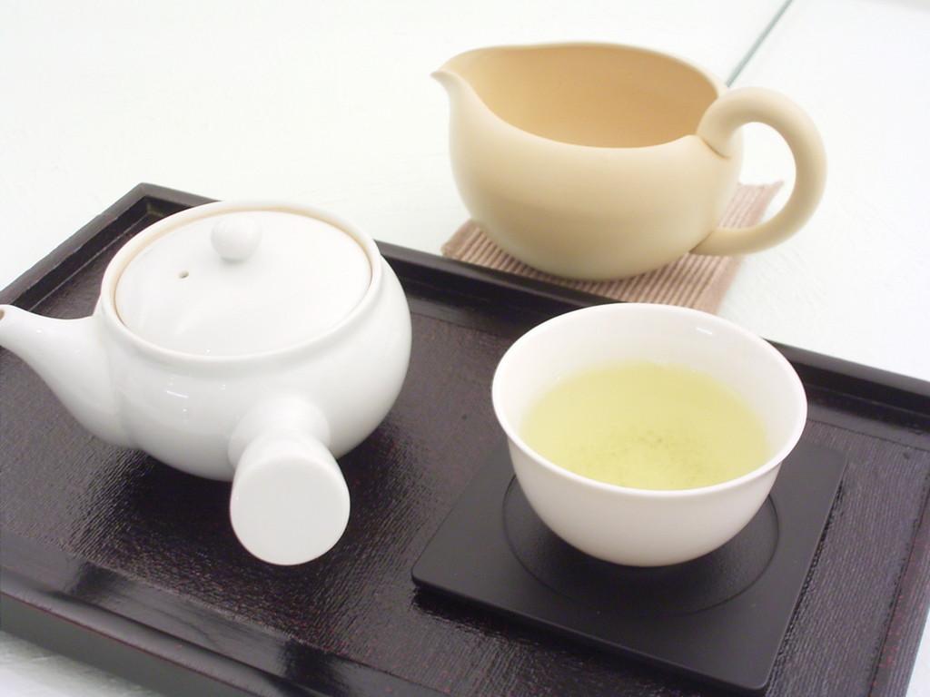 静岡県の観光案内所。静岡のイメージをお茶に搾り込み、イメージ浸透を狙っている。