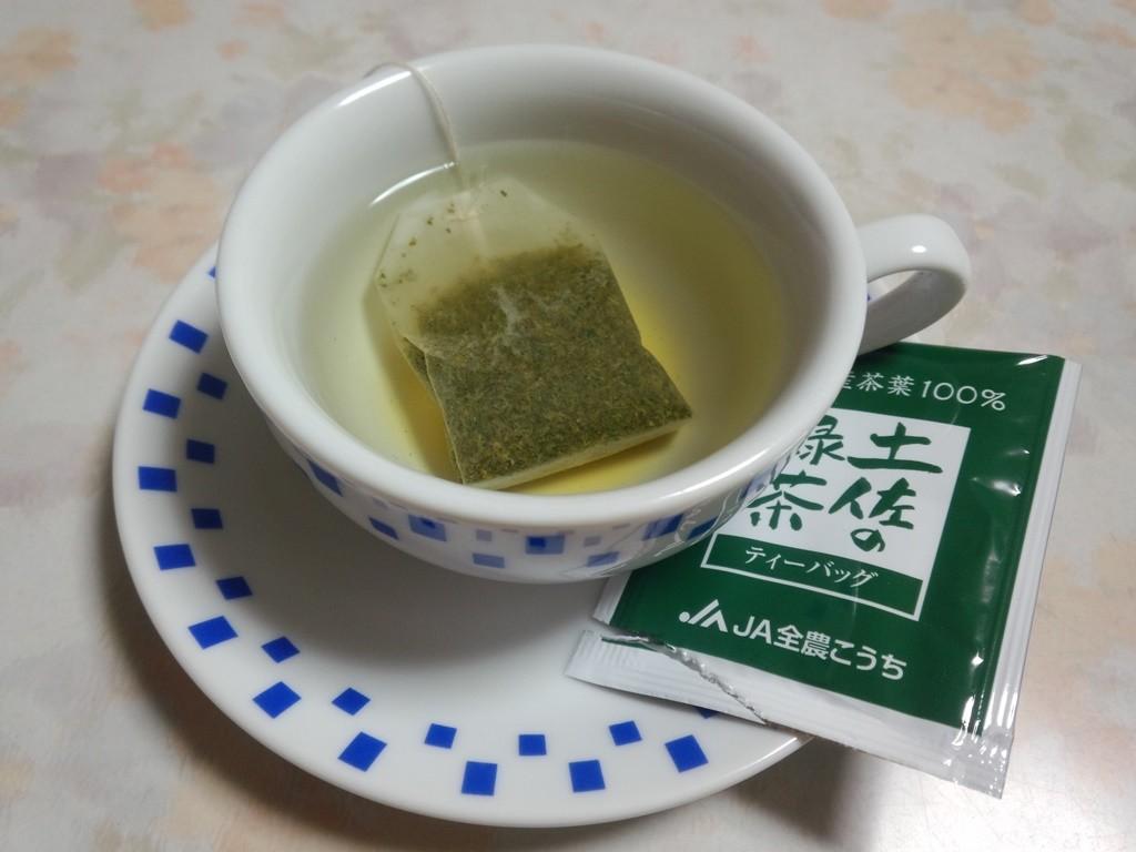 土佐茶TB。東京ビックサイトの見本市でいただいたサンプルです。いただいた数日後にJAこうちからメールが届きました。熱心です。