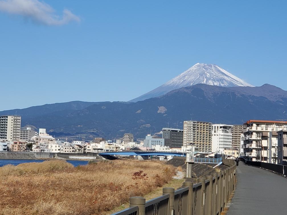 2021年1月1日狩野川堤防からの富士山
