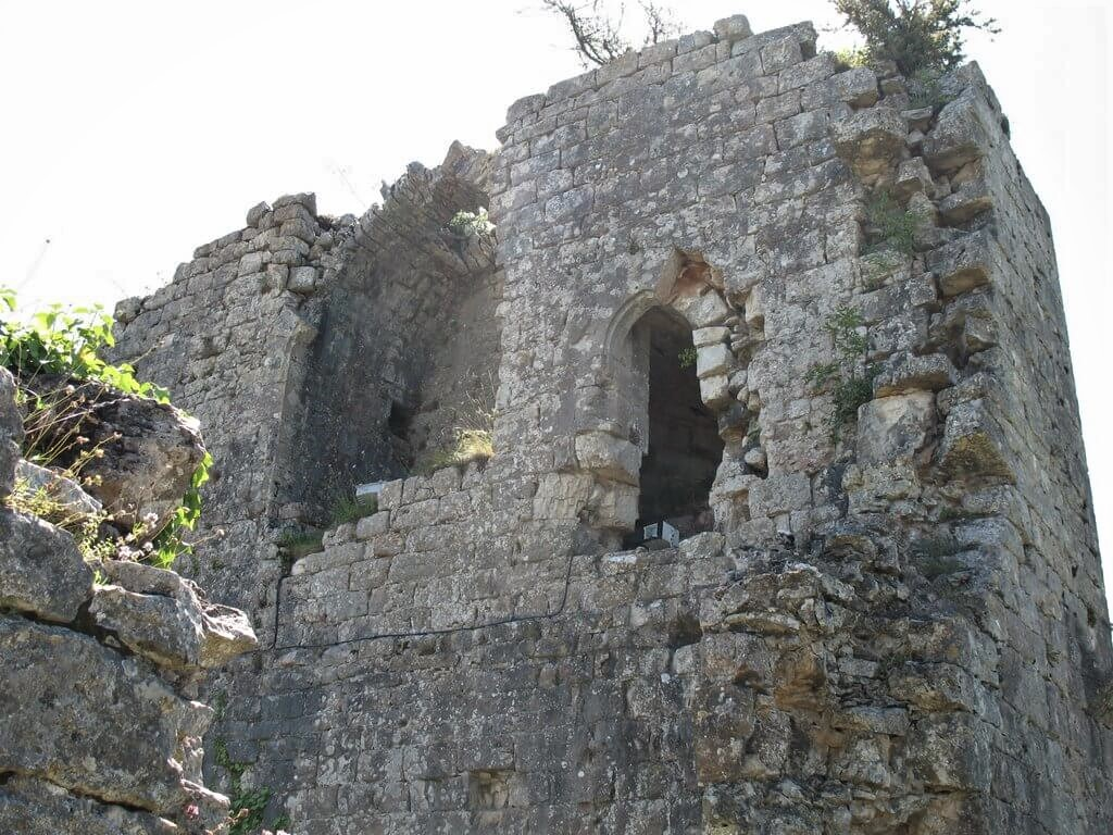 Ruines du château de Taillefer