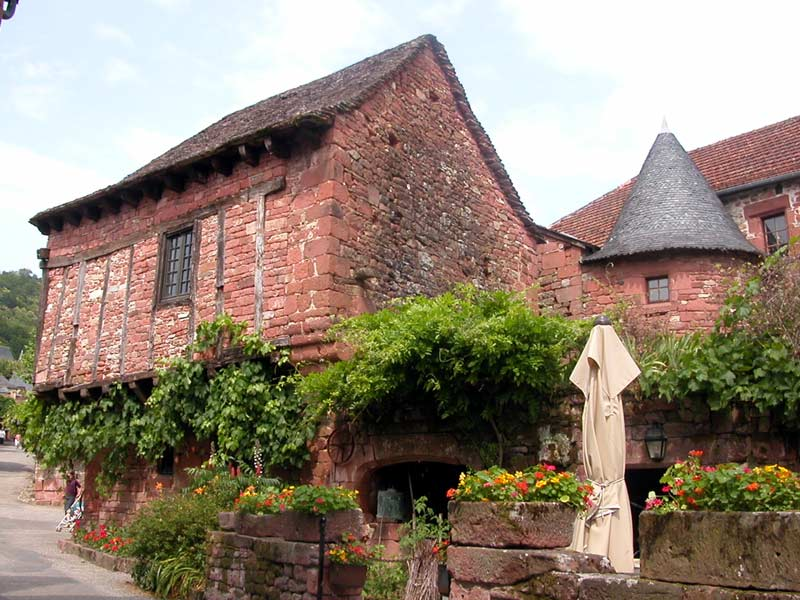Visite guidée de Collonges la Rouge