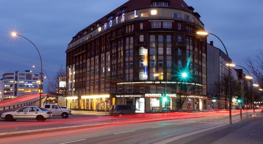 © A&O Hotel Hamburg HBF