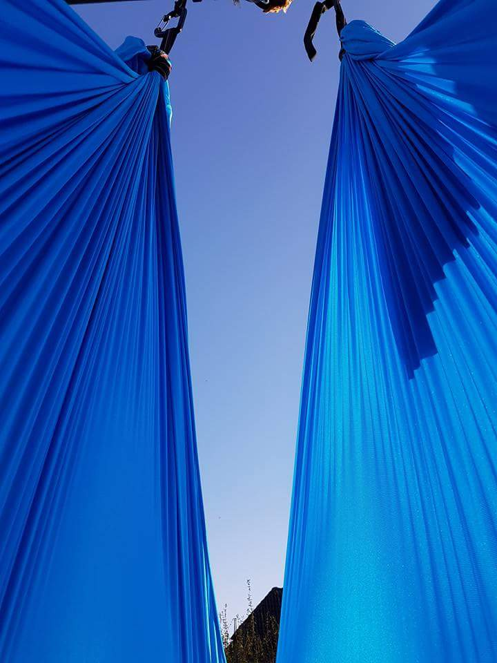 AERIAL YOGA - perfect view