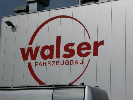 Auf dem Gelände der Firma Walser ist der Parcoursplatz bereits eingezäunt...