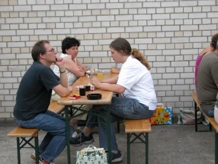 ...und kühlen Getränken viel zu besprechen.
