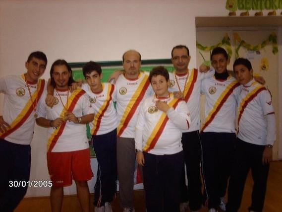 Sciacca, Cannavò, Torre, Natoli, Zangla A., La Torre F., Mandanici, Frollo. Barcellona si piazza al secondo posto alla Coppa Sicilia 2010/2011, alle spalle del Catania.