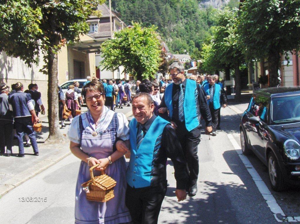 Polonaise mit dem befreundeten Chor aus Ependes