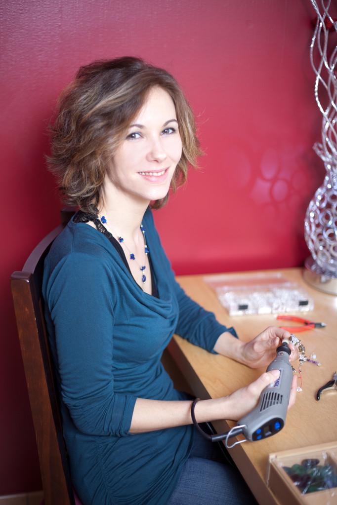 La créatrice : Mélanie Dupont dans son atelier