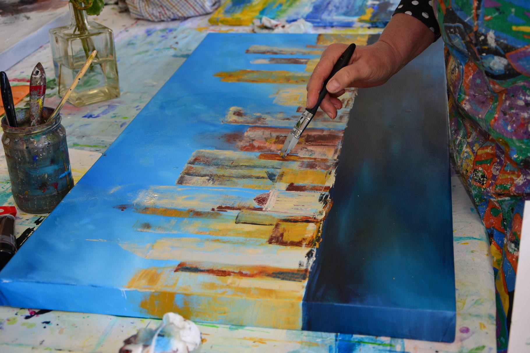 Skyline mit Acrylfarben und Shaper
