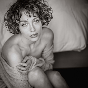 Sensual Portrait Shooting im Hotel in Regensburg fotografiert von Das Fotoatelier Regensburg - Fotograf Regensburg