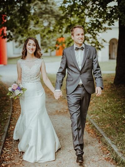 Hochzeitsshooting im Stadtpark in Regensburg fotografiert von Das Fotoatelier Regensburg - Fotograf Regensburg