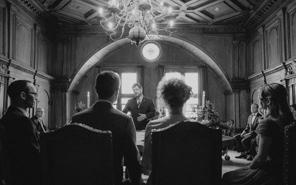 Standesamtliche Hochzeit im Alten Rathaussaal Regensburg fotografiert von Das Fotoatelier Regensburg - Fotograf Regensburg