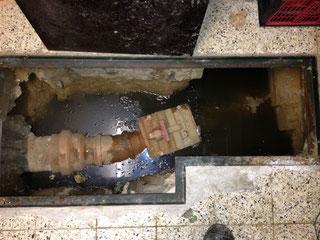 Rohrsanierung - Bild eines Rohrs nach der Inliner-Sanierung 2