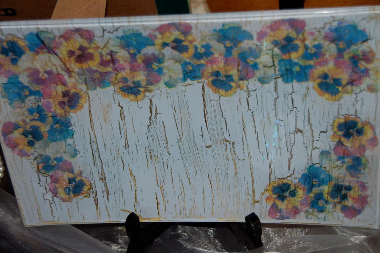 Plat en verre avec collage de papier de riz