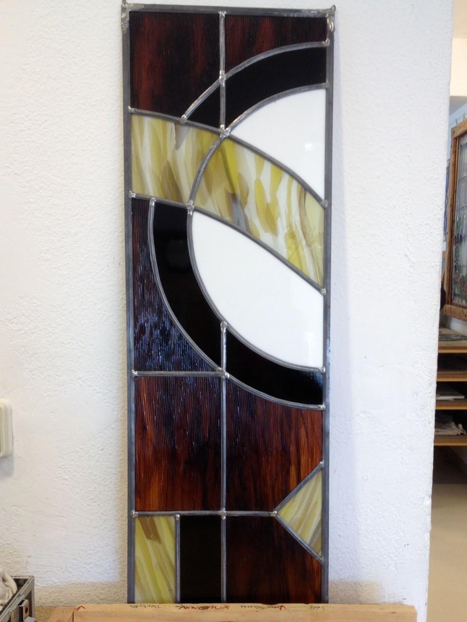 Vitrail plomb 81 x 27 cm destiné à cacher une fenêtre de cave