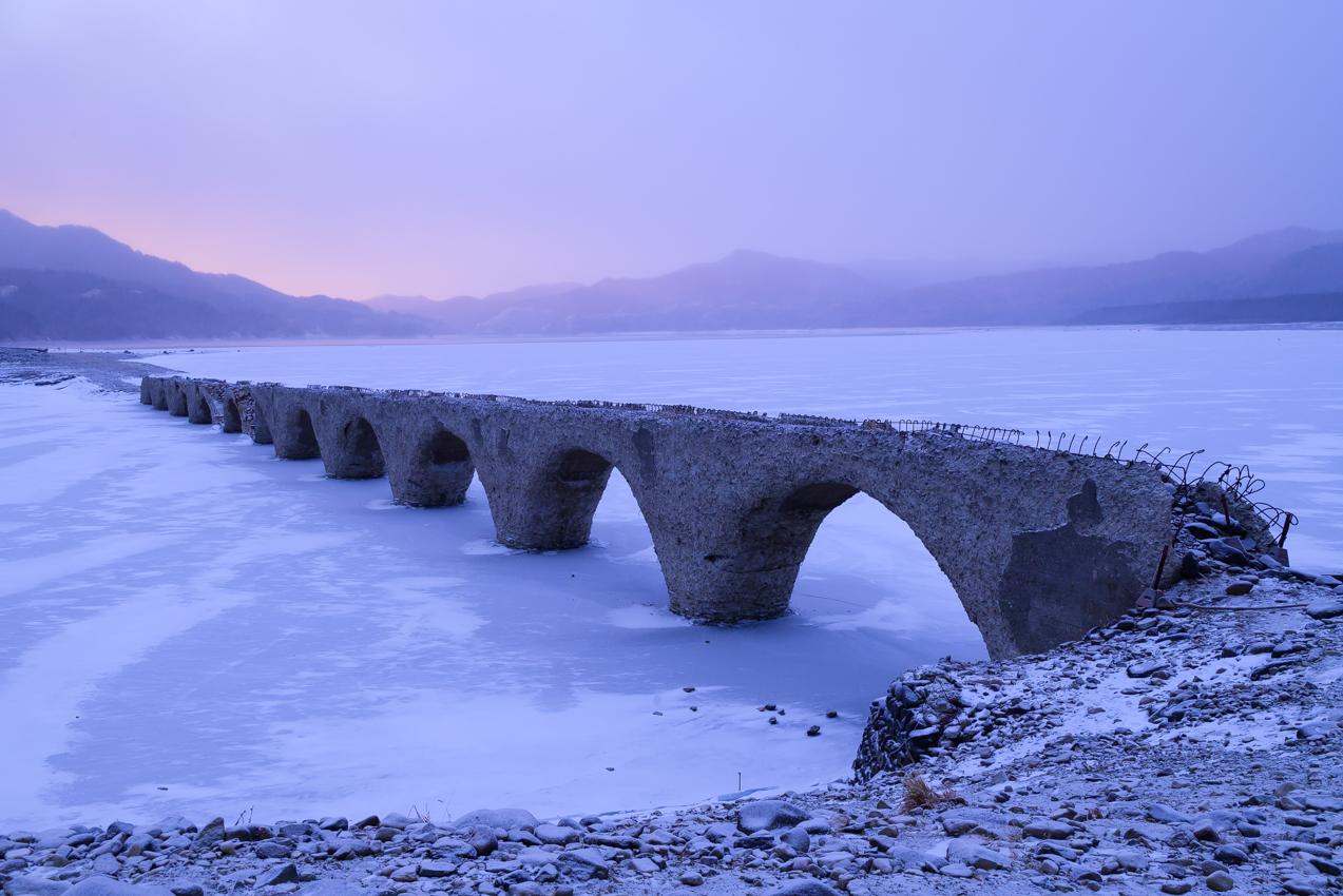 冬至の朝のタウシュベツ川橋梁