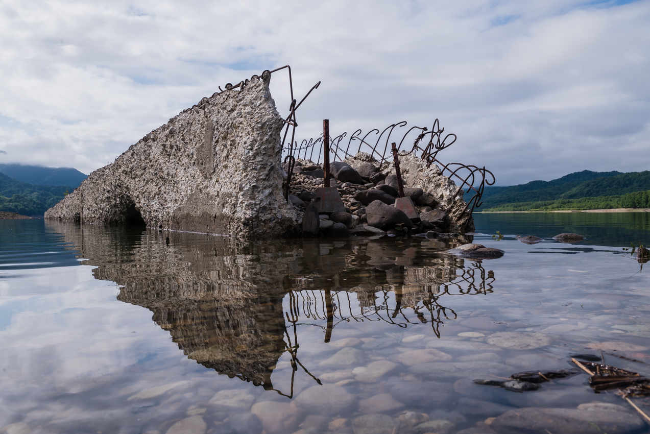さらに沈んでいくタウシュベツ川橋梁