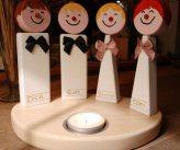 Sfeerlicht, theelichthouder hout_vier figuren om het licht, familie, vrienden