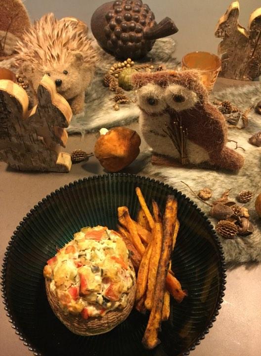Gevulde portobello met zoete aardappelfrietjes
