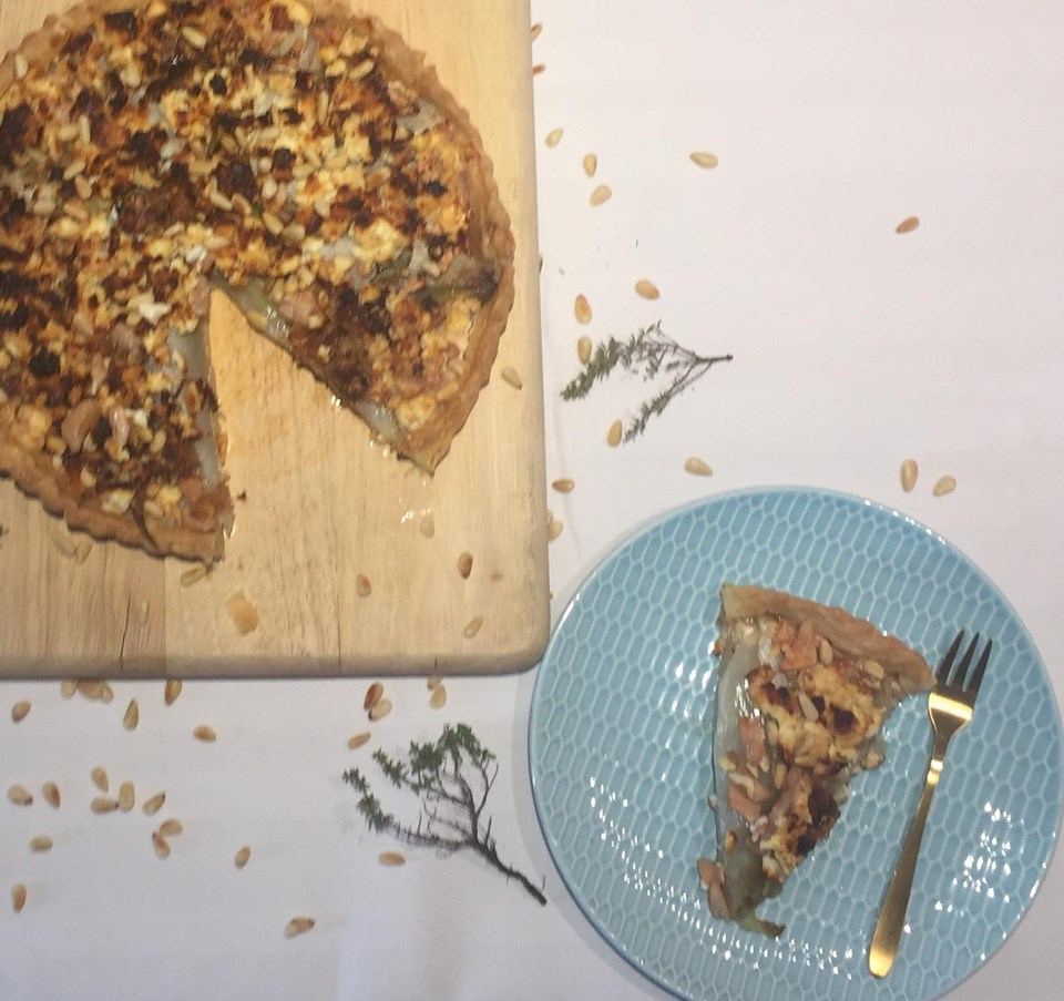 Hartige taart met witloof, peer en feta