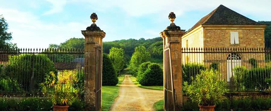 Location Vacances Périgord - Les Demeures des Châteaux du Périgord Noir - Entrée du domaine