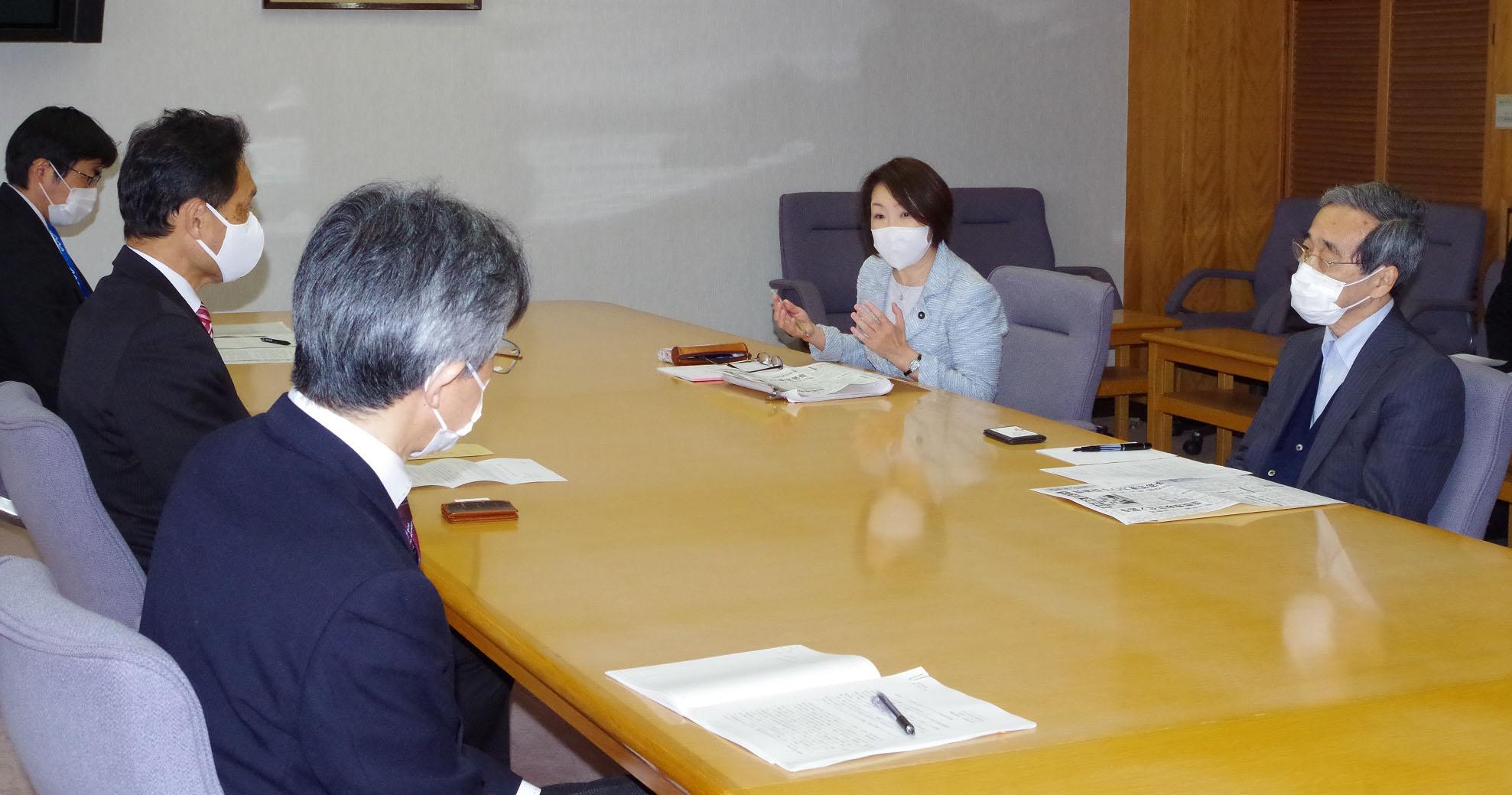 希望者全員に検査を 秋田県に共産党が緊急要請