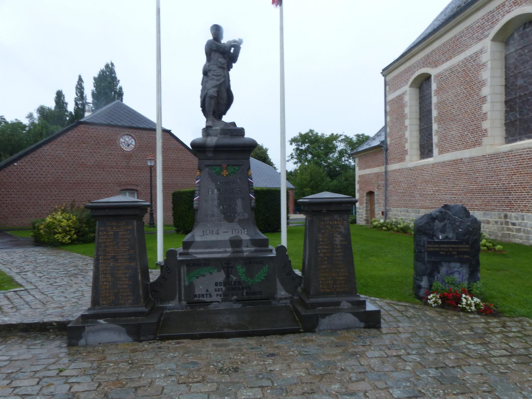 Monument aux morts de Bousies