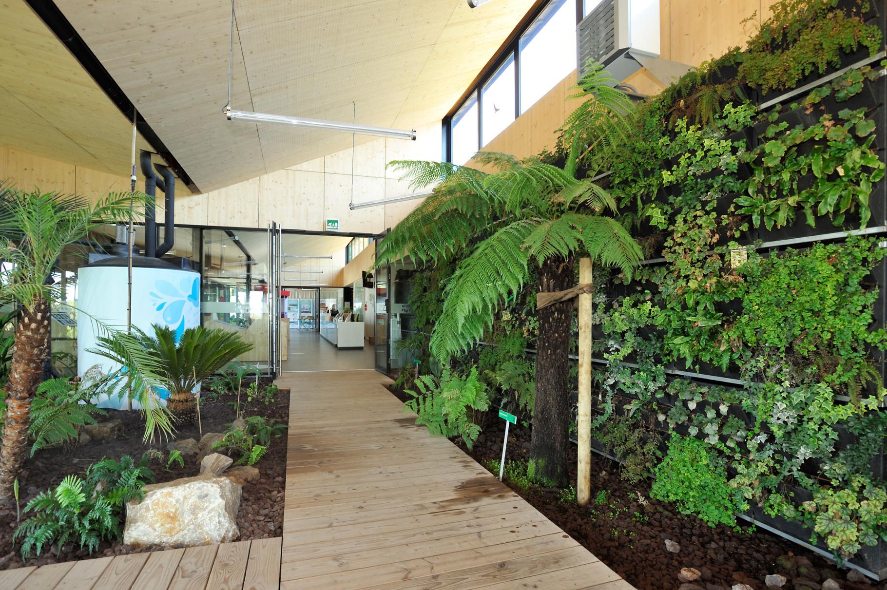 Aquaterra la Maison de l'environnement par Richard Soberka