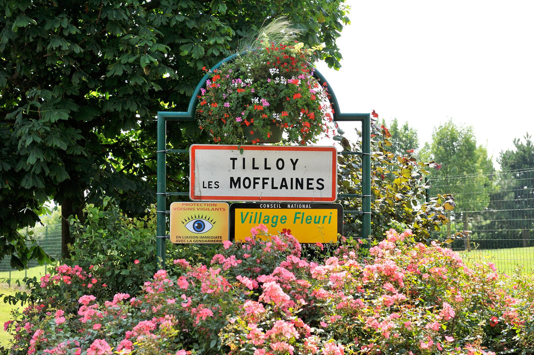 Panneau « Villes et Villages Fleuris » de Tilloy-Les-Mofflaines, village « 1 Fleur » par Richard Soberka