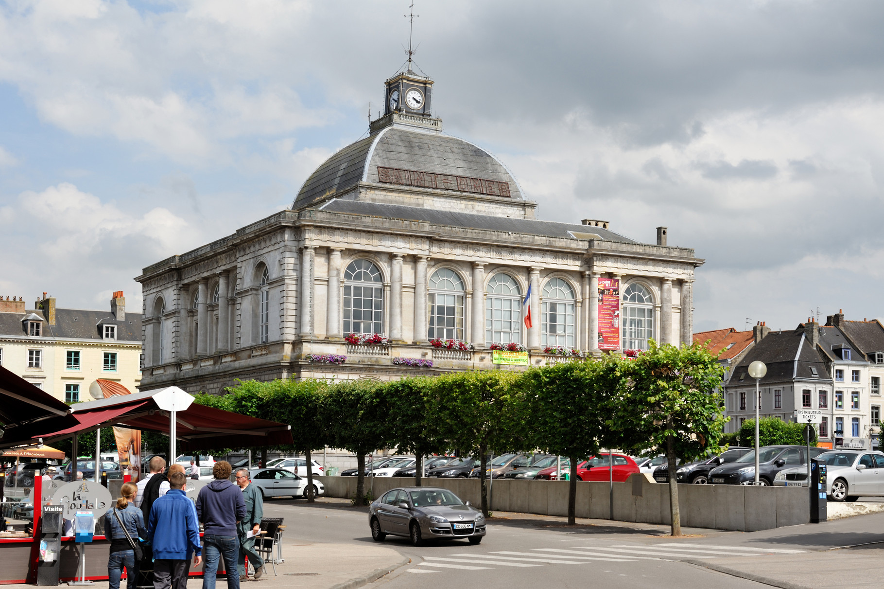 Saint-Omer, Mairie par Richard Soberka