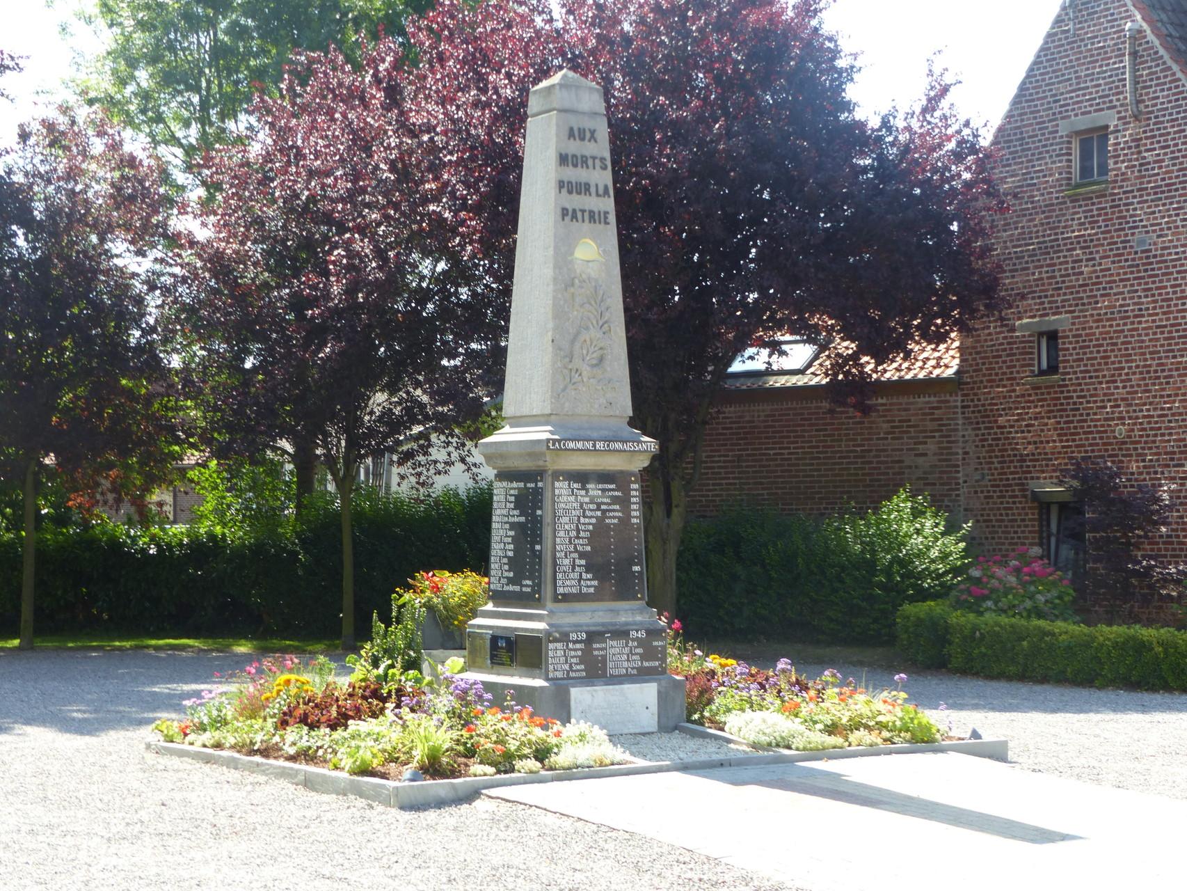 Monument aux morts de Sainghin-en-Mélantois