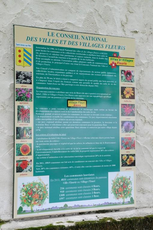 Le panneau explicatif des Villes et Villages Fleuris - Saint Josse Sur Mer - Marc Demeure