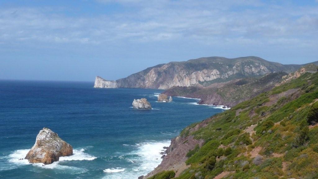 bezaubernde Küstenlandschaft bei Fontanamare