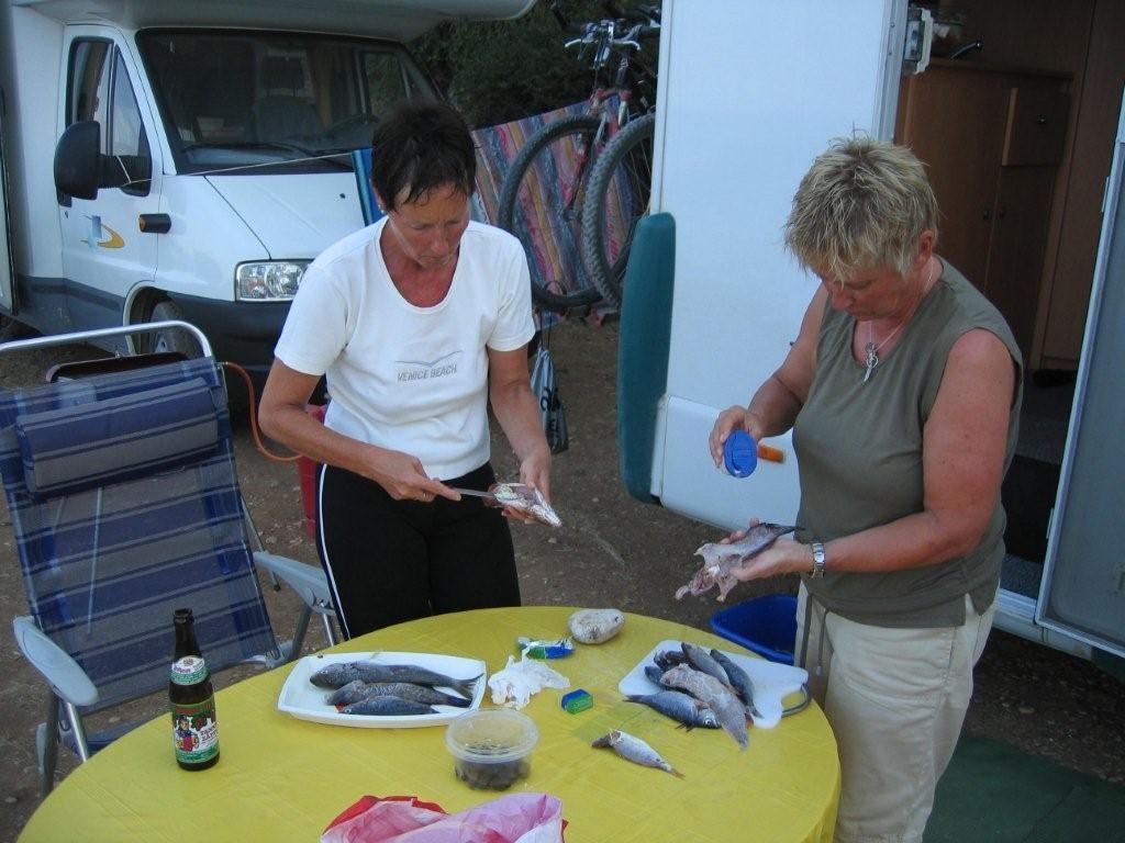 frischer Fisch vom Fischer am Petani-Beach