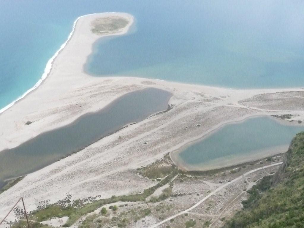 die Lagunenstrände unterhalb Tindari