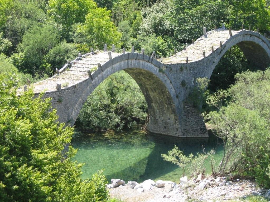 Brücke bei Kippi