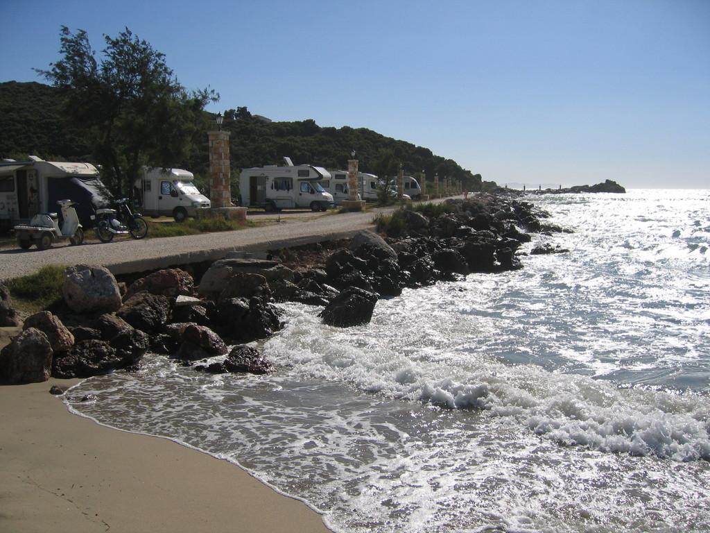 Stellplatz Amoudia-Beach