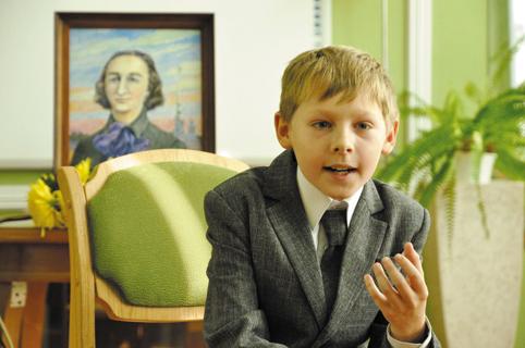 Дима Бродский читает произведения Николая Агнивцева в программе «Поэт и больше ничего»