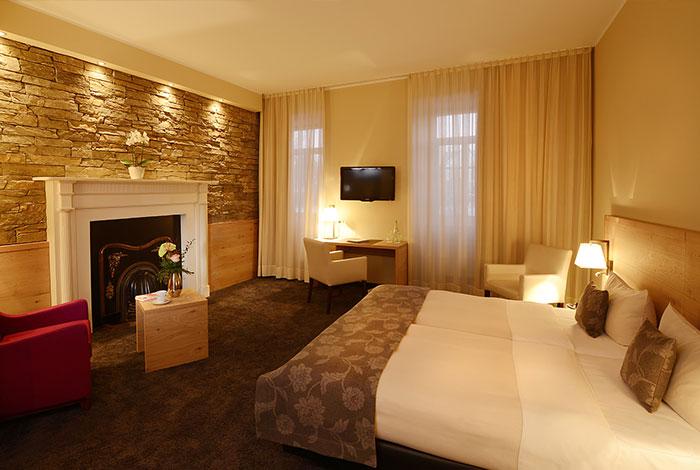 4 Sterne Hotel schönste Zimmer in der Eifel Wellness 30 Minuten von Köln