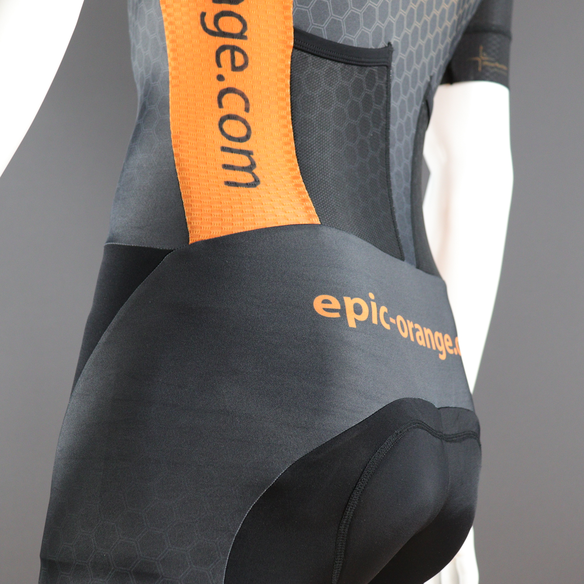 Custom Speedsuits, Optional Aero pockets