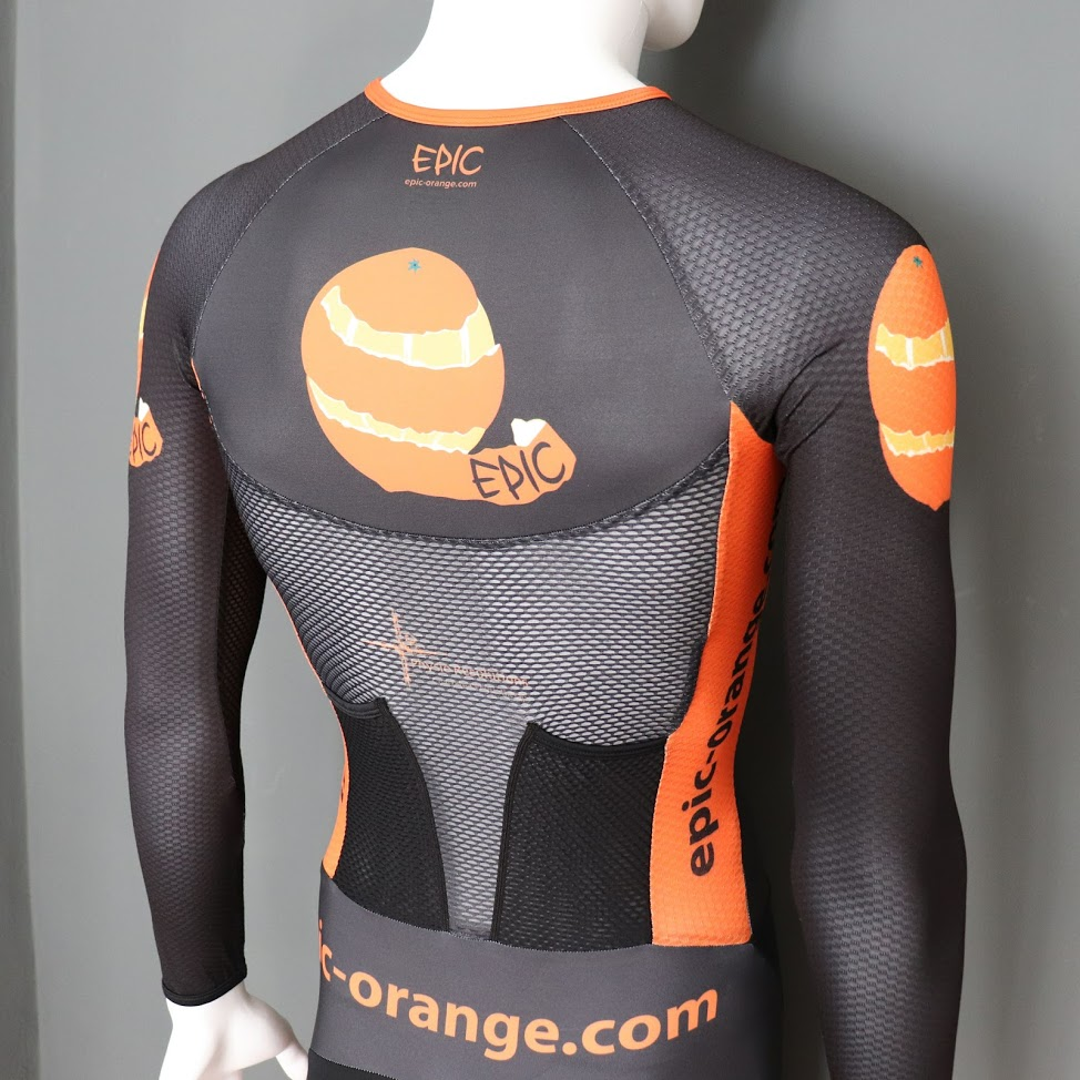 Custom Supersuits - Aerodynamic vented back panel cooling