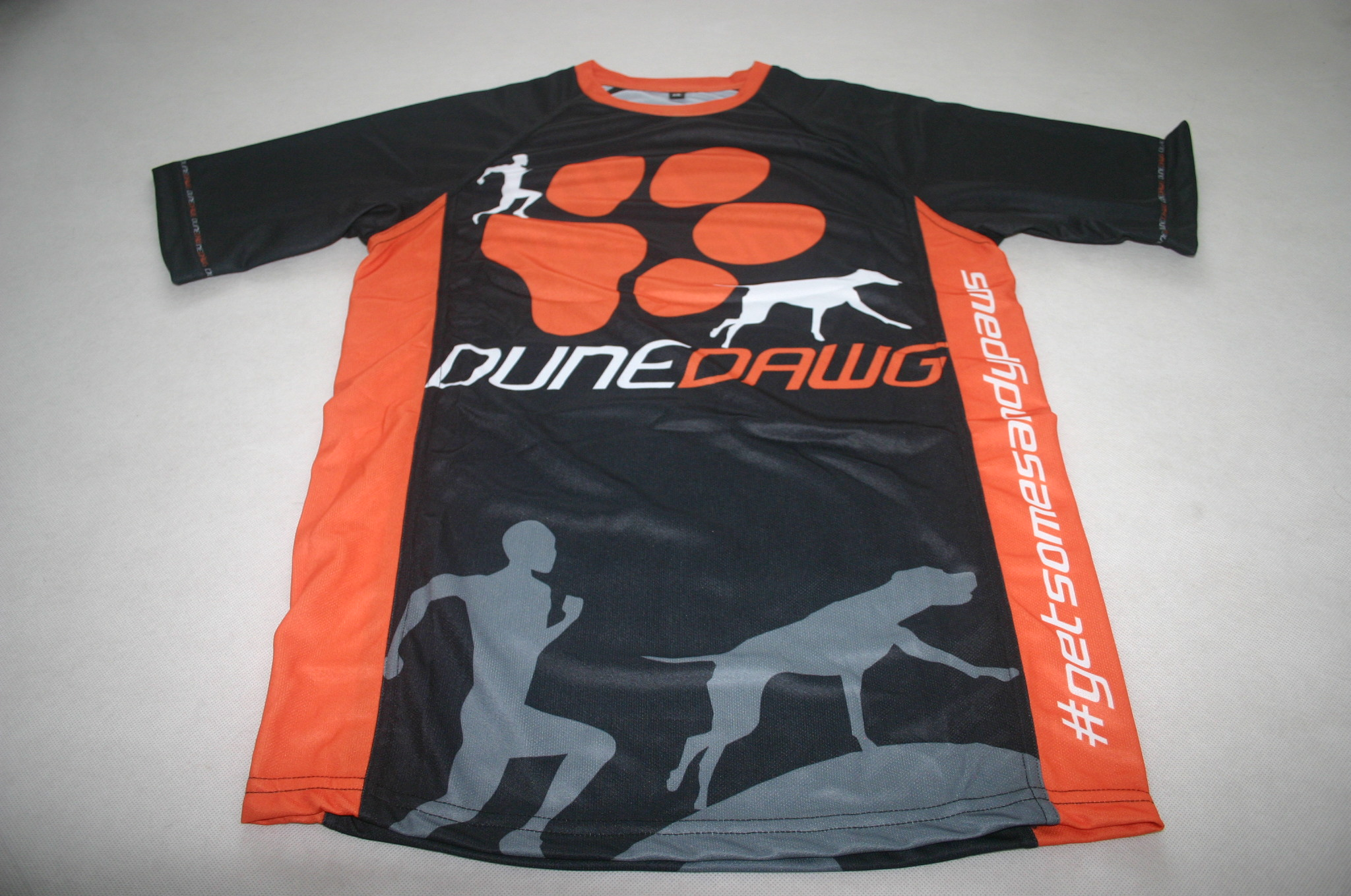 Dune Dawg Custom Running Shirts with Raglan Sleeves & Side Panels