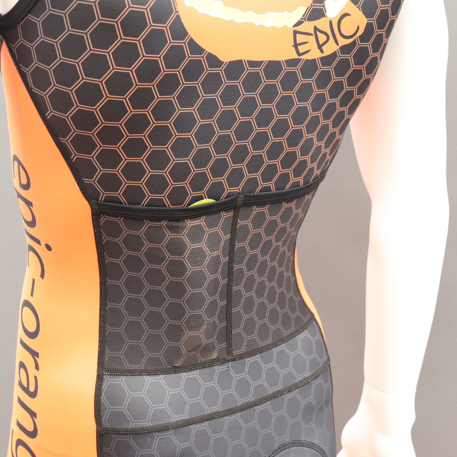 Rear Mesh pockets - low profile in Small of back