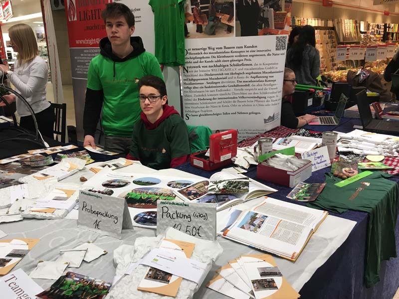 Schülerfirmenmesse in den Schlossarkaden in Braunschweig