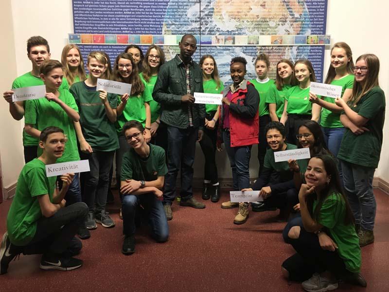 Besuch von Charity&Luka von den macadamiafans Kenya