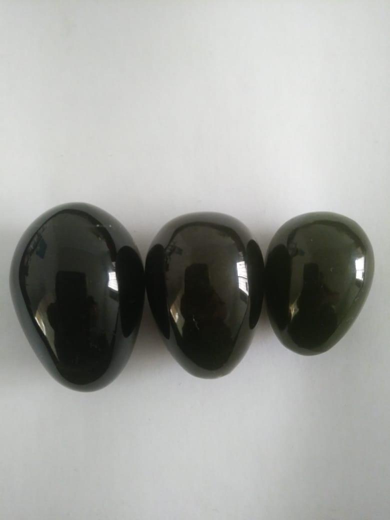 Huevos de obsidiana $450, incluye envío en México.